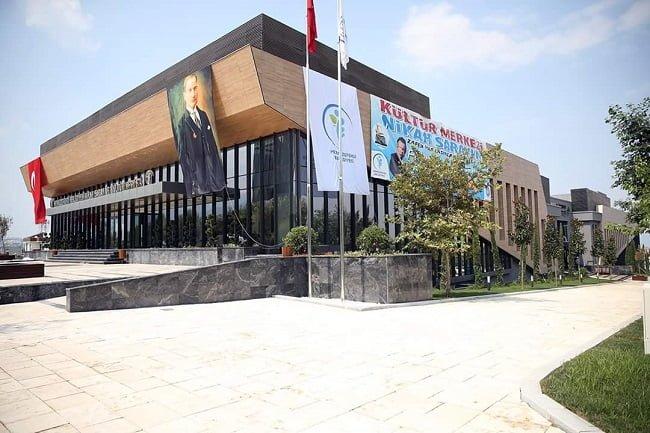 Denizli'nin Ödüllü Kültür Merkezi Açıldı