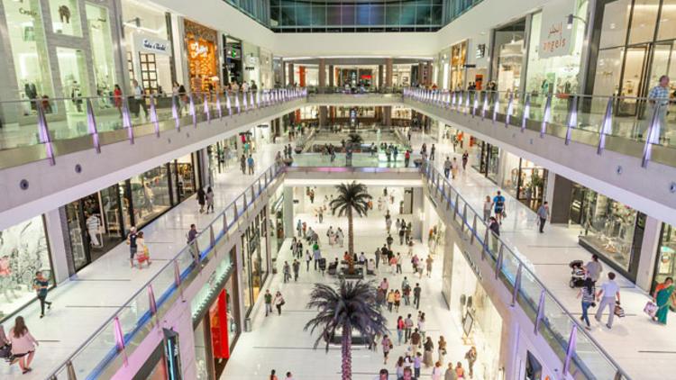"""""""1 yılda AVM'ler yüzde 4, zincir marketler yüzde 12 arttı"""""""