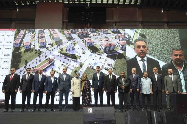 TOKİ Konya'da Konut Kura Törenini Gerçekleştirdi